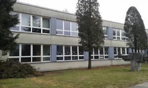 Škola vystoupila ze stínu